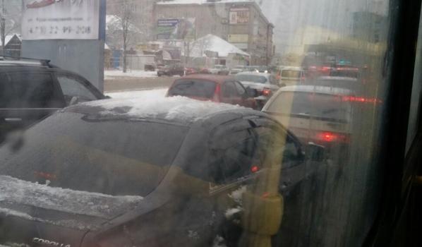 Воронежцев просят рассказать о транспортных проблемах.