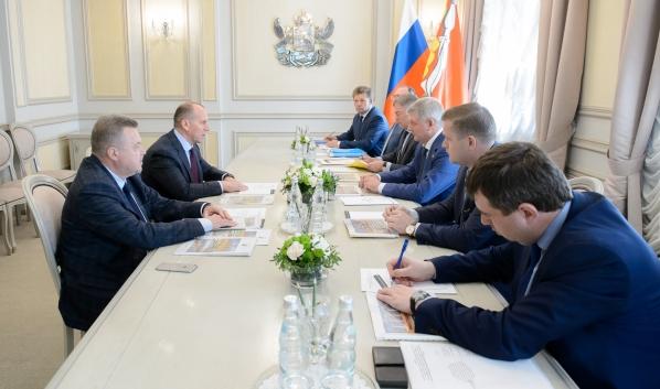 Александр Гусев провел встречу с Олегом Слободяником.