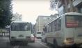 Автобус грубо нарушил ПДД.