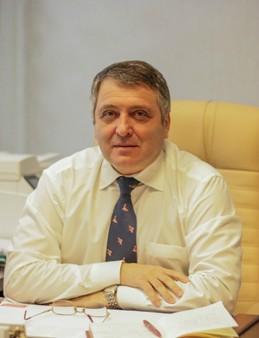 Алексей Фактор.