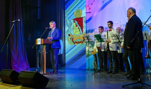 Визит губернатора в Нововоронеж.