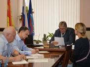 Владимир Федоров проводит прием граждан.