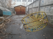 Велосипед украли из гаража.