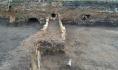Вот такие тоннели обнаружили во время рытья котлована.