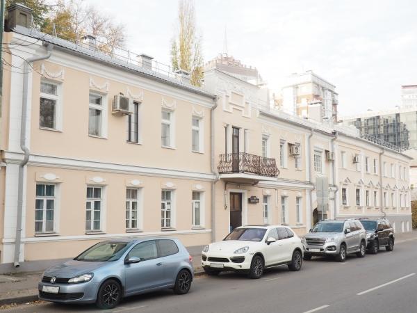 Дом №104 по улице Сакко и Ванцетти в Воронеже после ремонта.