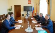 Алексея Карякина представили на новой должности воронежскому губернатору.