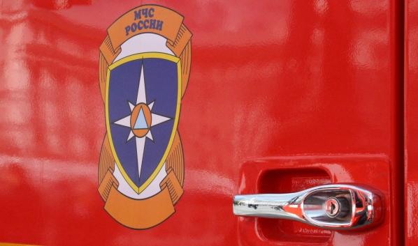 Пожар тушили 12 единиц спецтехники.