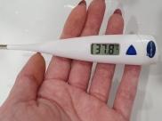 Люди заболевают гриппом и ОРВИ.
