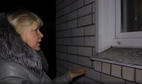 Жители пожаловались на пыль из-за выброса.Жители пожаловались на пыль из-за выброса.