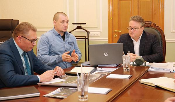 Вадим Кстенин встретился с Александром Ивченко.