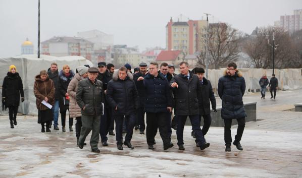 Реконструкция мемориального комплекса на «Площади Победы».