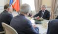 Александр Гусев встретился с Вячеславом Петушенко.