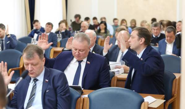 Реорганизацию согласовали депутаты.
