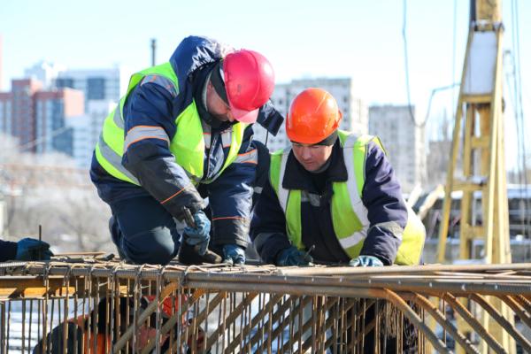 Реконструкция путепровода на 9 Января.