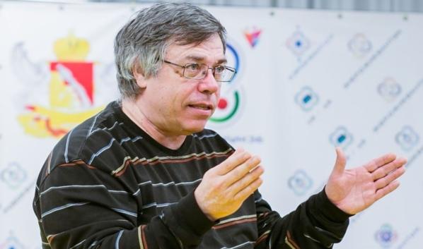 Олег Ласуков.