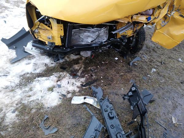 Пострадали водитель и пассажир «ГАЗели».