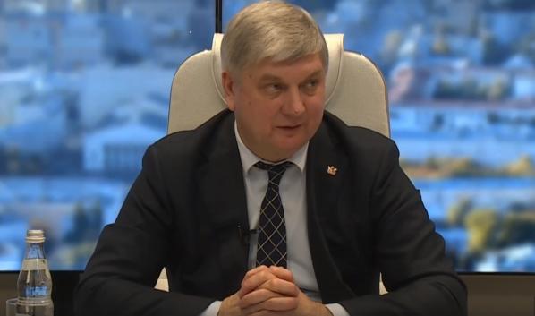 Александр Гусев ответил на вопросы горожан.