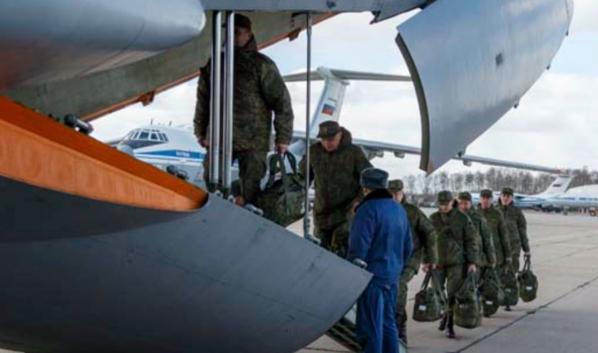 Российские военные отправляются на помощь Италии.