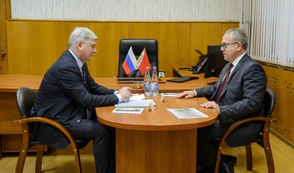 Александр Гусев посетил Семилукский муниципальный район.