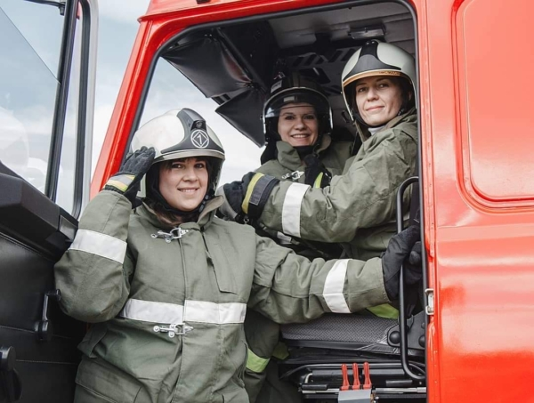 Работа девушкам в пожарной части удачи тебе в работе девушка