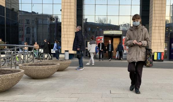 Воронежцы активно пошли в торговые центры.