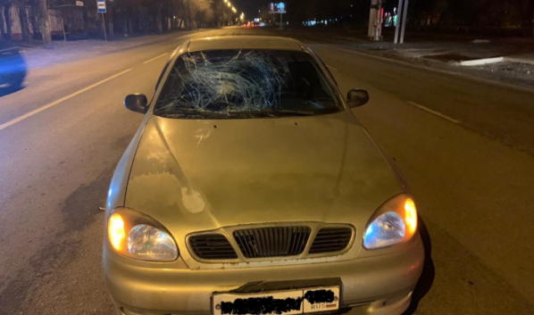 Машина сбила пешехода.