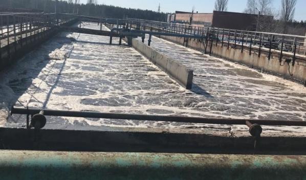 В водохранилище с ЛОС сливали грязные стоки.