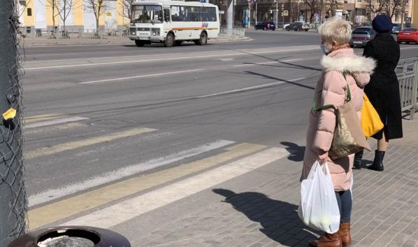 В России хотят продлить нерабочую неделю из-за опасности распространения коронавируса.
