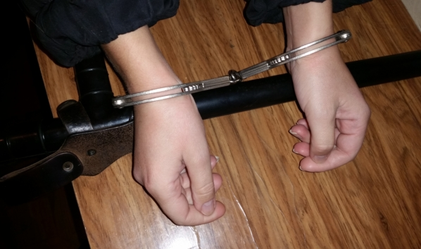 Подозреваемую задержала полиция.