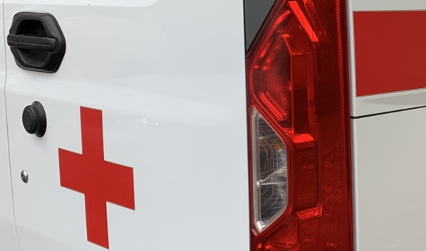 Пострадавшую с травмами доставили в медучреждение.