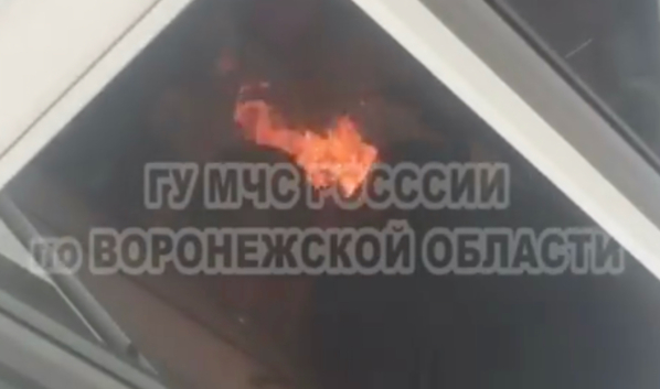 В Воронеже шашлыки жарили прямо на балконе.