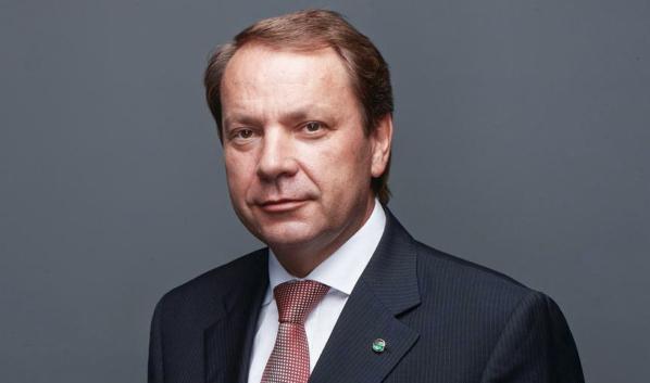 Станислав Кузнецов.