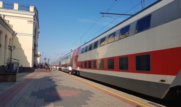 Двухэтажный поезд «Москва-Воронеж».