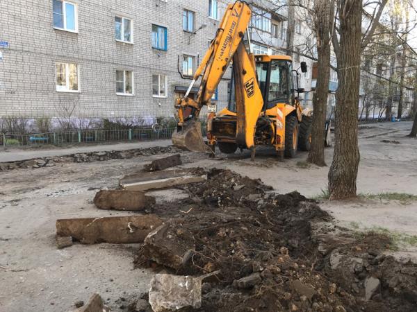 В Воронеже начали ремонт дворов.