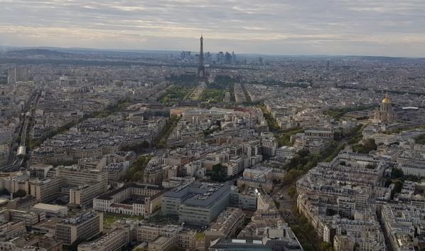 Франция продлевает режим ЧС до 24 июля.
