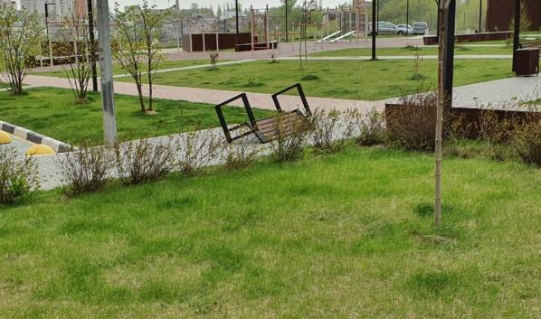 Ветер может повалить слабоукрепленные конструкции.