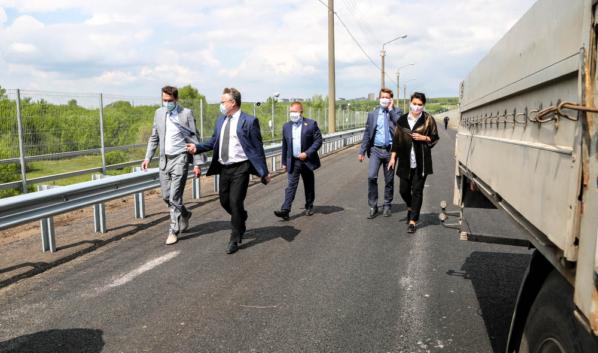 Мост через водосброс Воронежского водохранилища.