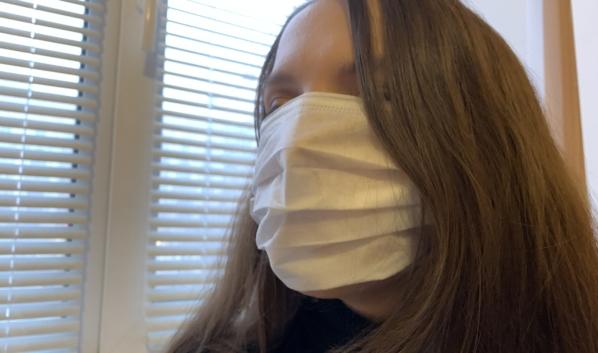 Еще долго придется носить маски в общественных местах.