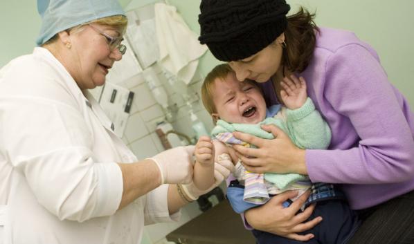 Прививки начнутся в августе 2020 года.