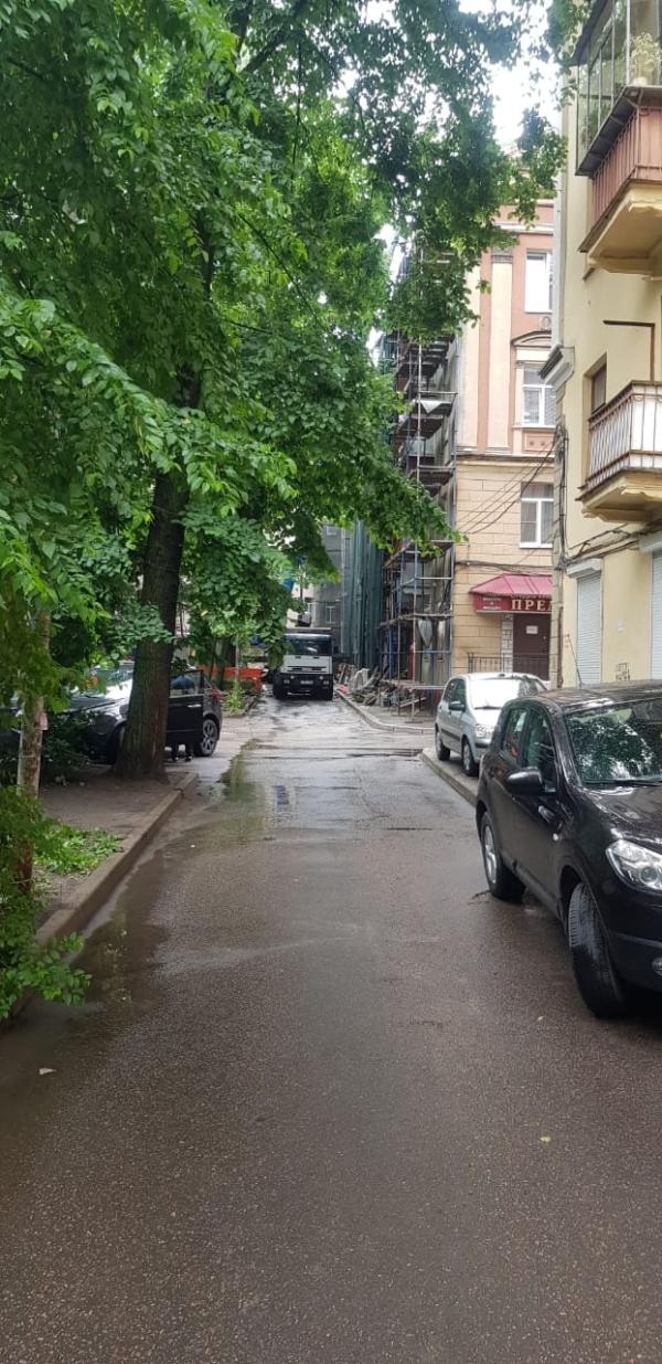 Капремонт фасада соседнего МКД.