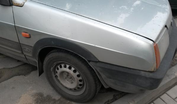ВАЗ-2108.