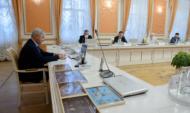 Совещание провел губернатор Александр Гусев.