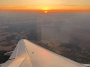 Россия возобновляет международное авиасообщение.