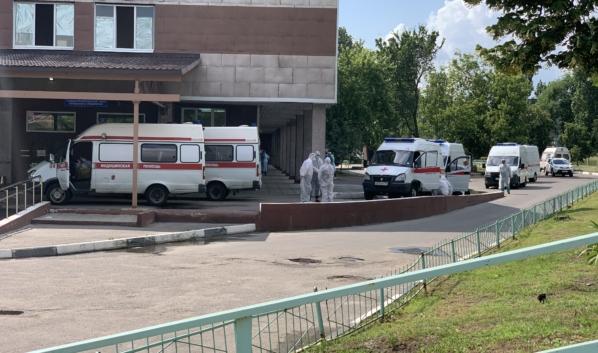 В Воронежской области 364,3 человек на 100 тыс. болеет коронавирусом.