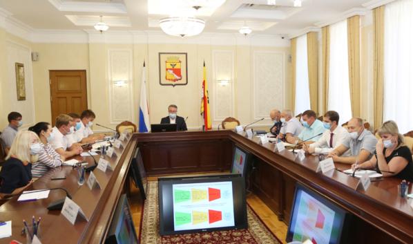 Вадим Кстенин провел совещание по развитию общественного транспорта в Воронеже.