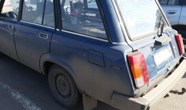 ВАЗ-2104.