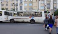 Стражи порядка проверили водителей автобусов.