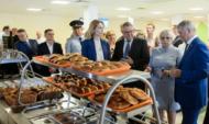 Все ученики начальных классов в Воронежской области бесплатно получат горячее питание с 1 сентября.