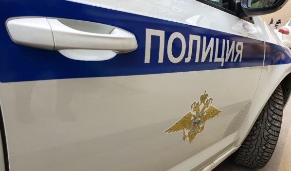 Полицейские остановили авто фирмы, которая задолжала крупную сумму.