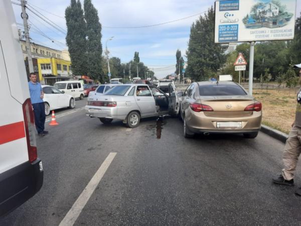 ДТП на улице Димитрова.